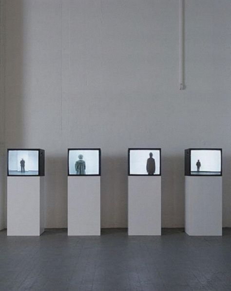 7b35f01276409336fd54b48bc83a088a--interactive-exhibition-videoart